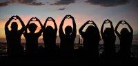 friendship_silhouette_by_sharmainenahine-d4oq6ro